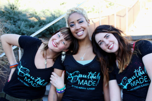 Black burnout tee w aqua three girls