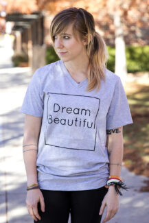 Dream Beautiful Gray Vee women's